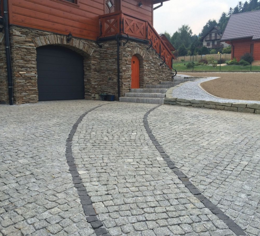 Granit i niwelacja terenu